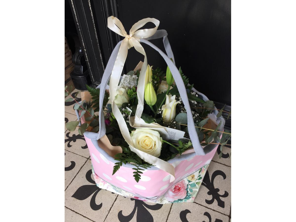 Bouquet de multies fleurs et son sac ORVAL !