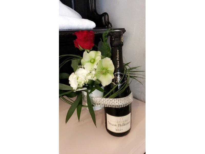 Champagne de Reims + fleurs